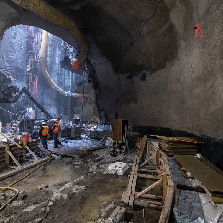Construction of the new ventilation tunnels in the Montreal Metro